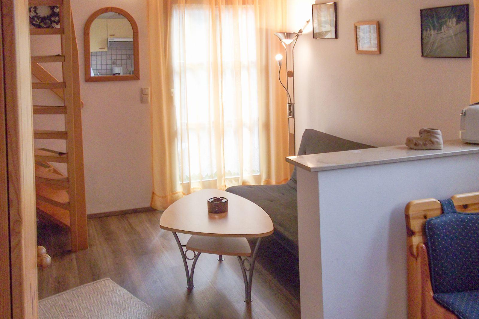 Wohnung 3 Wohnkuche Mit Treppe Landhaus Michael Bild Nr 19